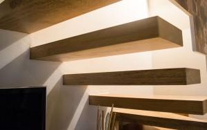 Un esempio delle nostre scale in legno massello