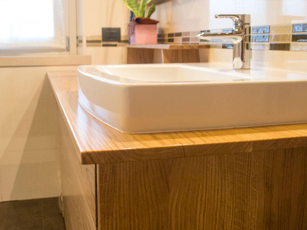 Mobili arredo bagno in legno su misura falegnameria for Arredo bagno carpenedolo