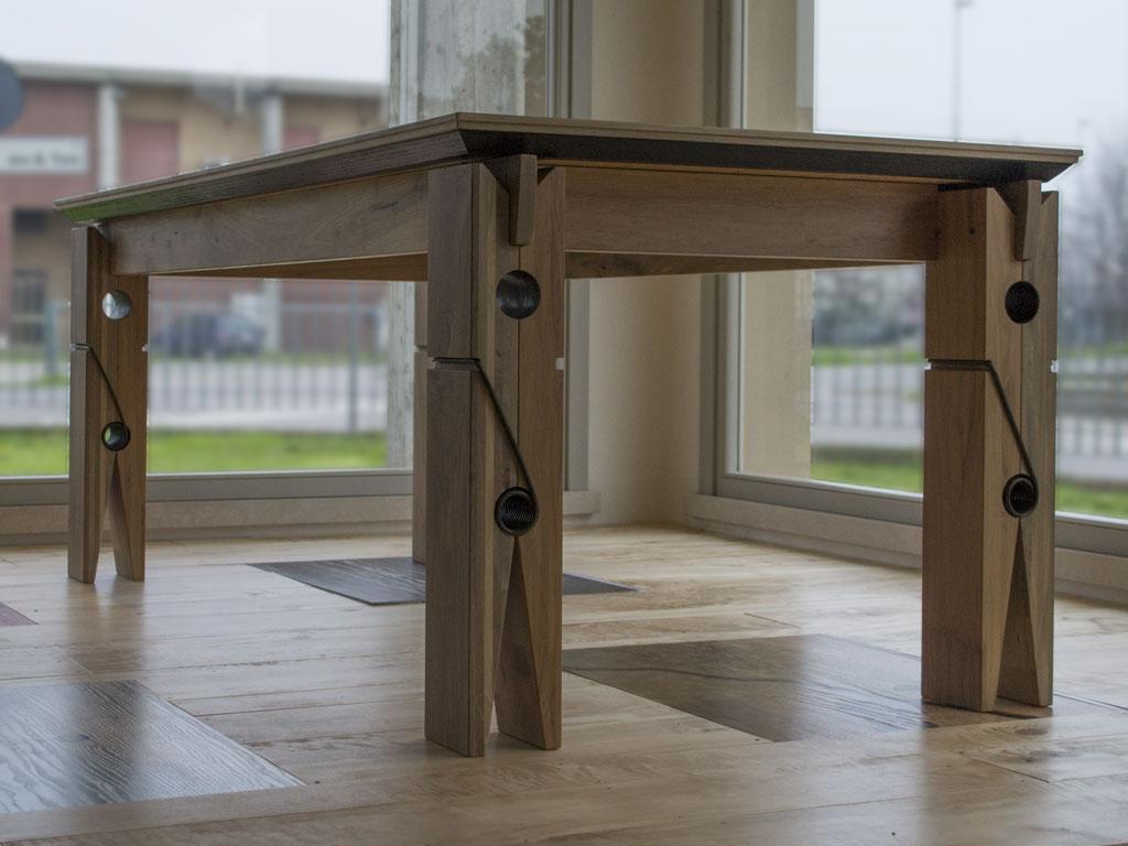 Sedie e tavoli in legno falegnameria samuelli dello for Tavoli moderni in legno