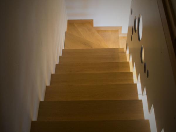 Esempio scala in legno massello 1